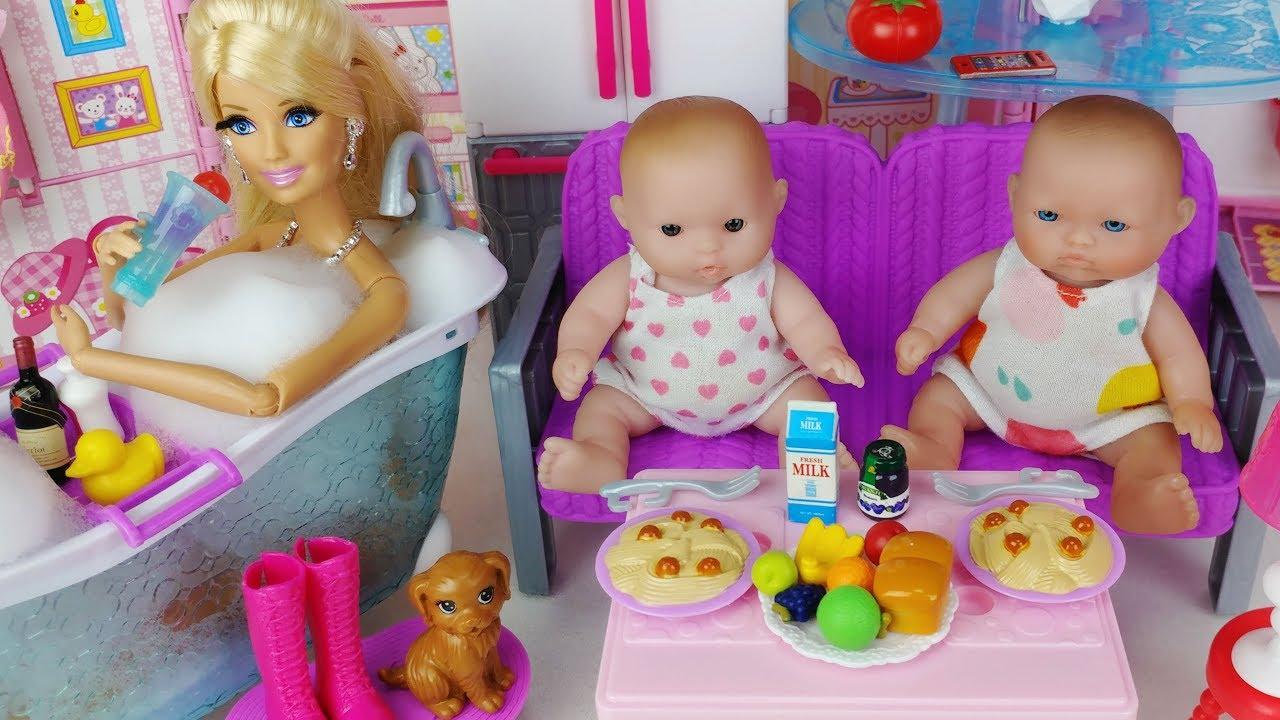 baby doll barbie house kitchen and bath toys play baby doovi. Black Bedroom Furniture Sets. Home Design Ideas