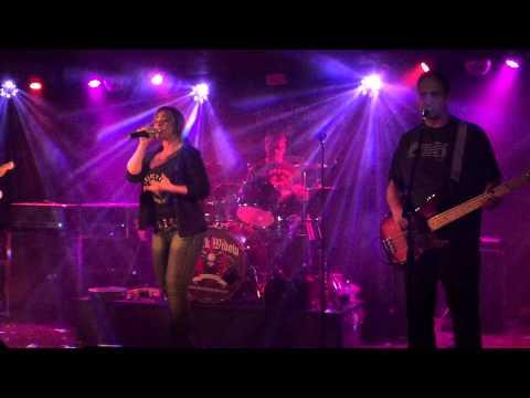 Black Widow Band Try Macaroons