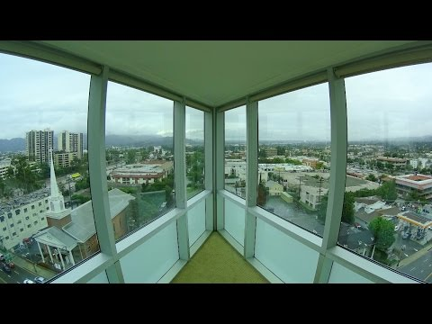 Embassy Suites by Hilton Glendale - Corner suite tour