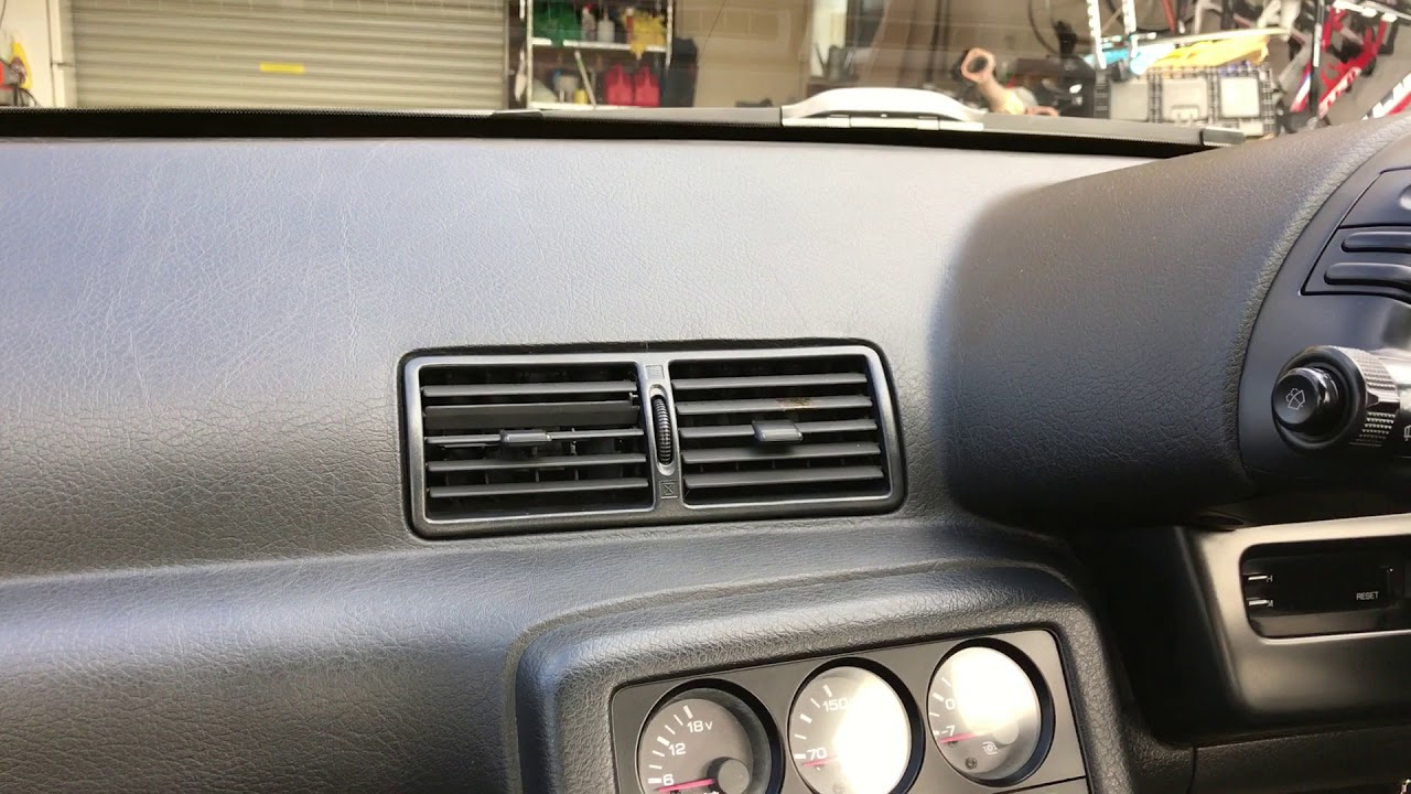 R32 GTR Dash heater vent replacement