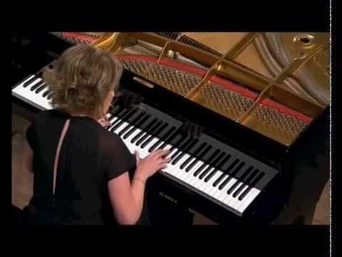 W.-A. Mozart - Concerto n°23, second mouvement / Danielle Laval