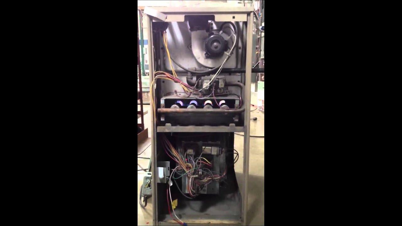 Goodman furnace Flapping heat exchanger - YouTube