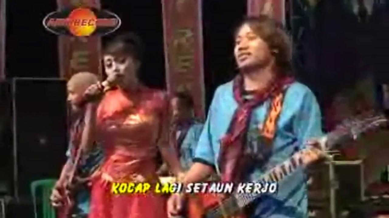 Lirik lagu: Jambu Alas oleh Didi Kempot - WowKeren.com