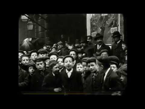 February 1901 Time Machine - Crowd Outside St George's Hall (Speed Corrected w/ Sound)