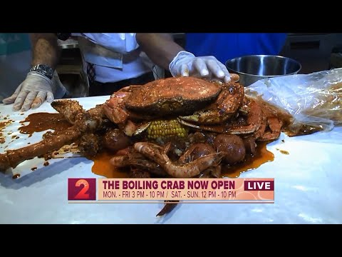 The Boiling Crabs opens its first Hawaii location in Kakaako