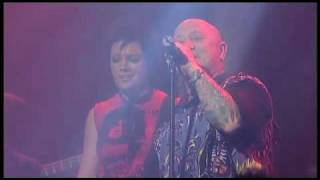 Sarah McLeod & Angry Anderson - Highway To Hell