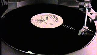 Baixar [ Profile Records Giant Single ] Local Boy - Thriller / Owner of a Lonely Heart 12''