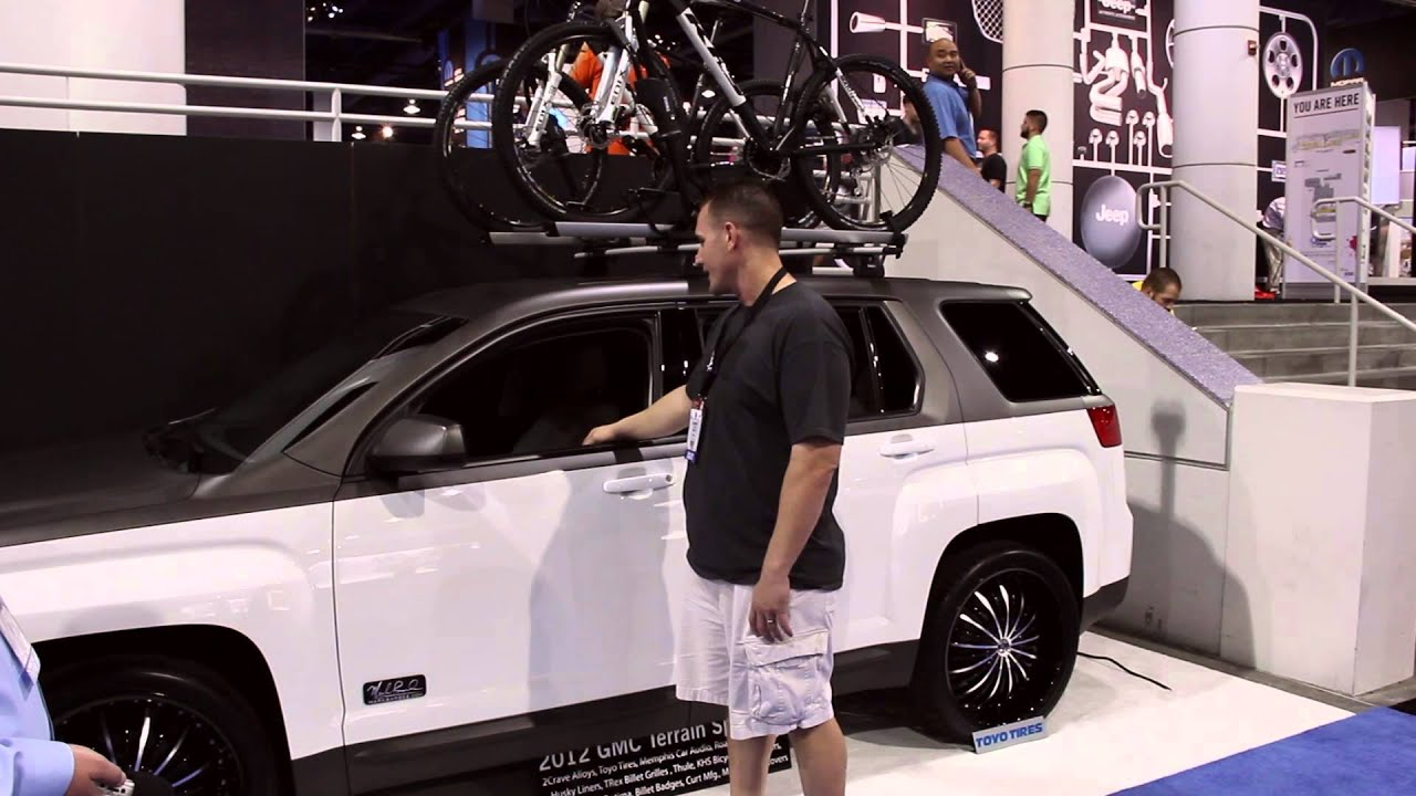 SEMA 2012 - Mark Barbee Build at the 2 Crave Booth - YouTube
