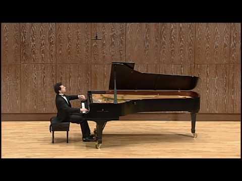 Roman Zaslavsky plays Schumann Symphonic Etudes op  13 (Live in Taiwan)