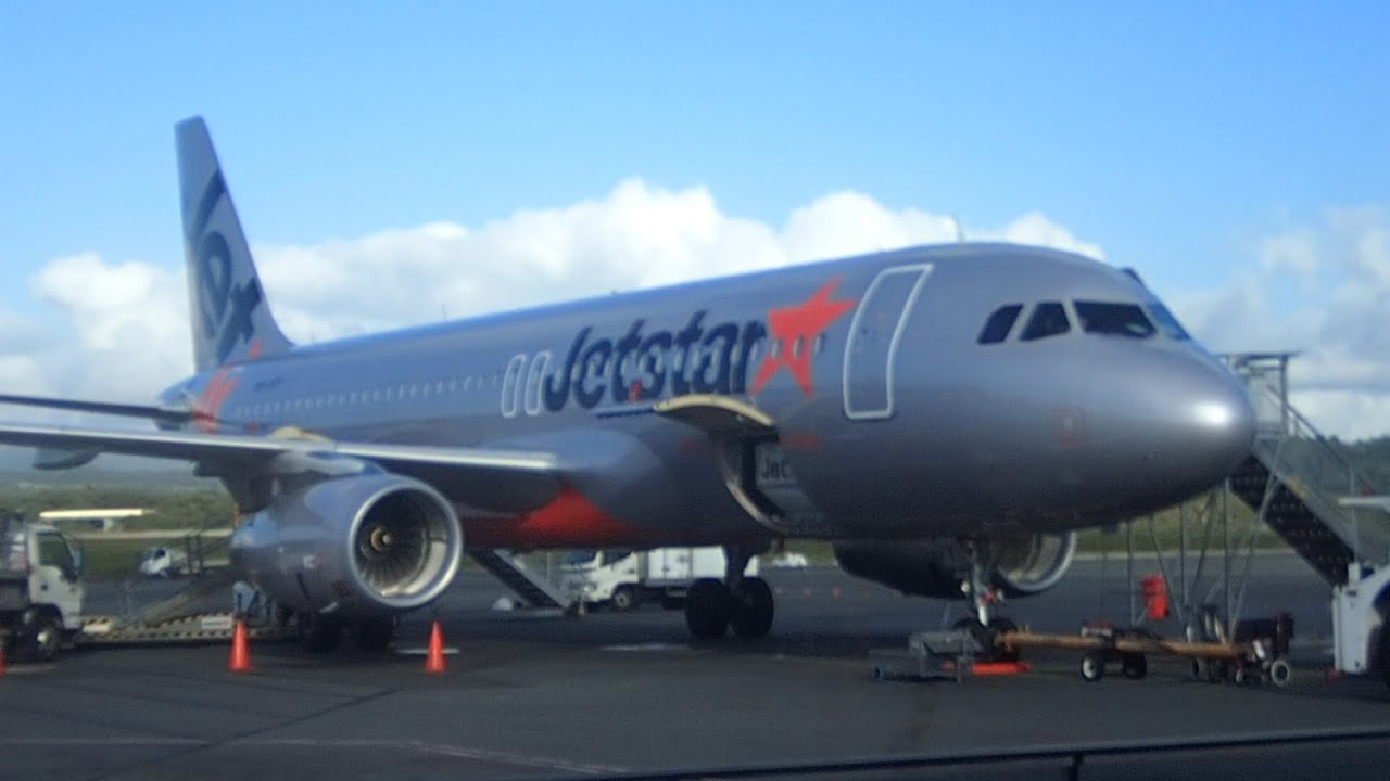 Flight review jetstar a320 gold coast to sydney jq403 economy youtube flight review jetstar a320 gold coast to sydney jq403 economy stopboris Image collections