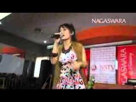 by ade rossy. Siti Badriah - Suamiku Kawin Lagi