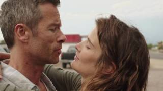Video Results : Cobie Smulders kissing Guy Pearce download MP3, 3GP, MP4, WEBM, AVI, FLV Mei 2018