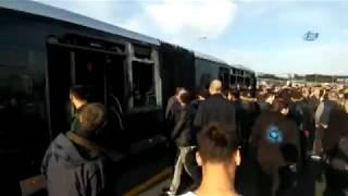 Metrobüs Yolunda Kaza