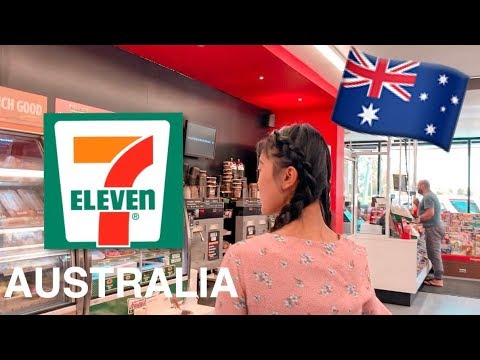 TRYING FOODS AT 7-ELEVEN AUSTRALIA!!