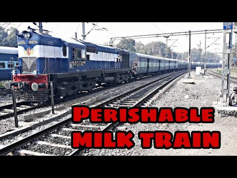 Alco led Mother Dairy Milk Express departing New Delhi Railway Station : Train with Perishable Milk