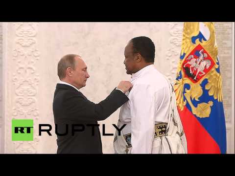 Russia: Putin salutes foreign nationals with Order of Friendship