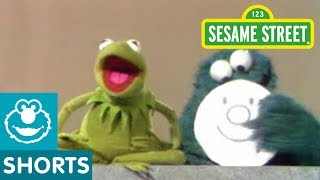 Sesame Street: Cookie Monster Makes Kermit Mad