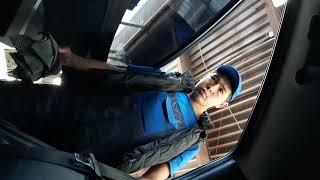 Смотреть видео В Москве  на автомойке мойщик украл телефон. онлайн