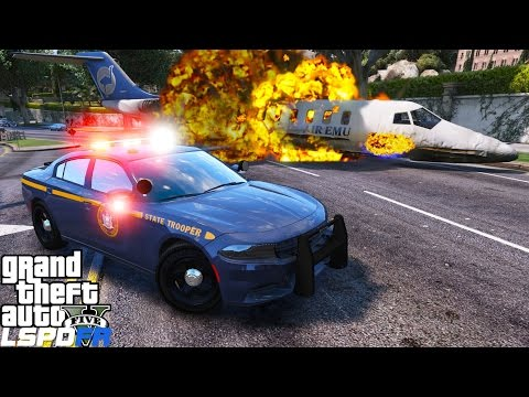 GTA 5 LSPDFR Police Mod 314 | New York State Police | State Trooper Responds To An Airplane Crash