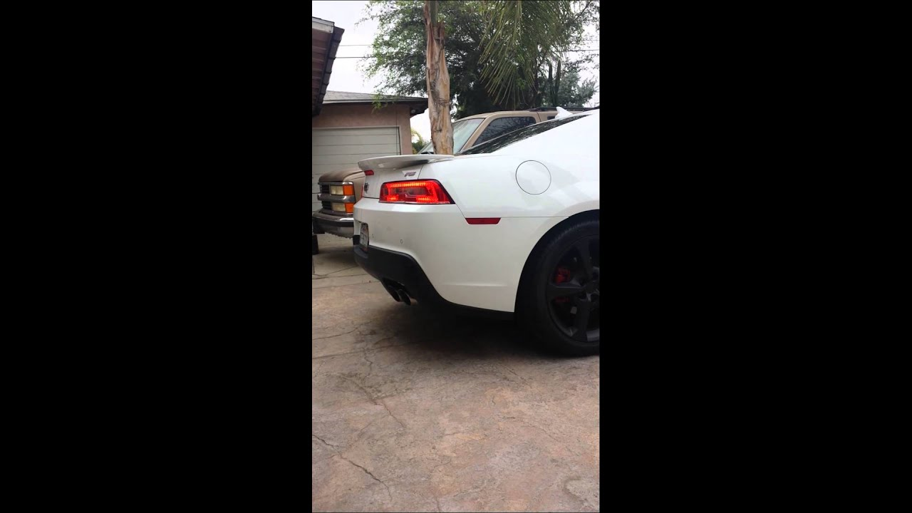 2014 camaro rs exhaust fuse pull youtube. Black Bedroom Furniture Sets. Home Design Ideas