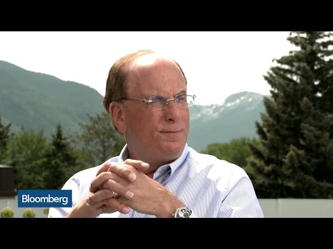 BlackRock CEO: It's 'Highly Probable' Fed Won't Hike Rates This Year