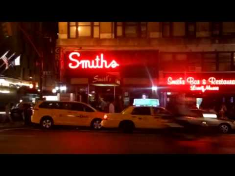 Smith's Bar & Restaurant NYC