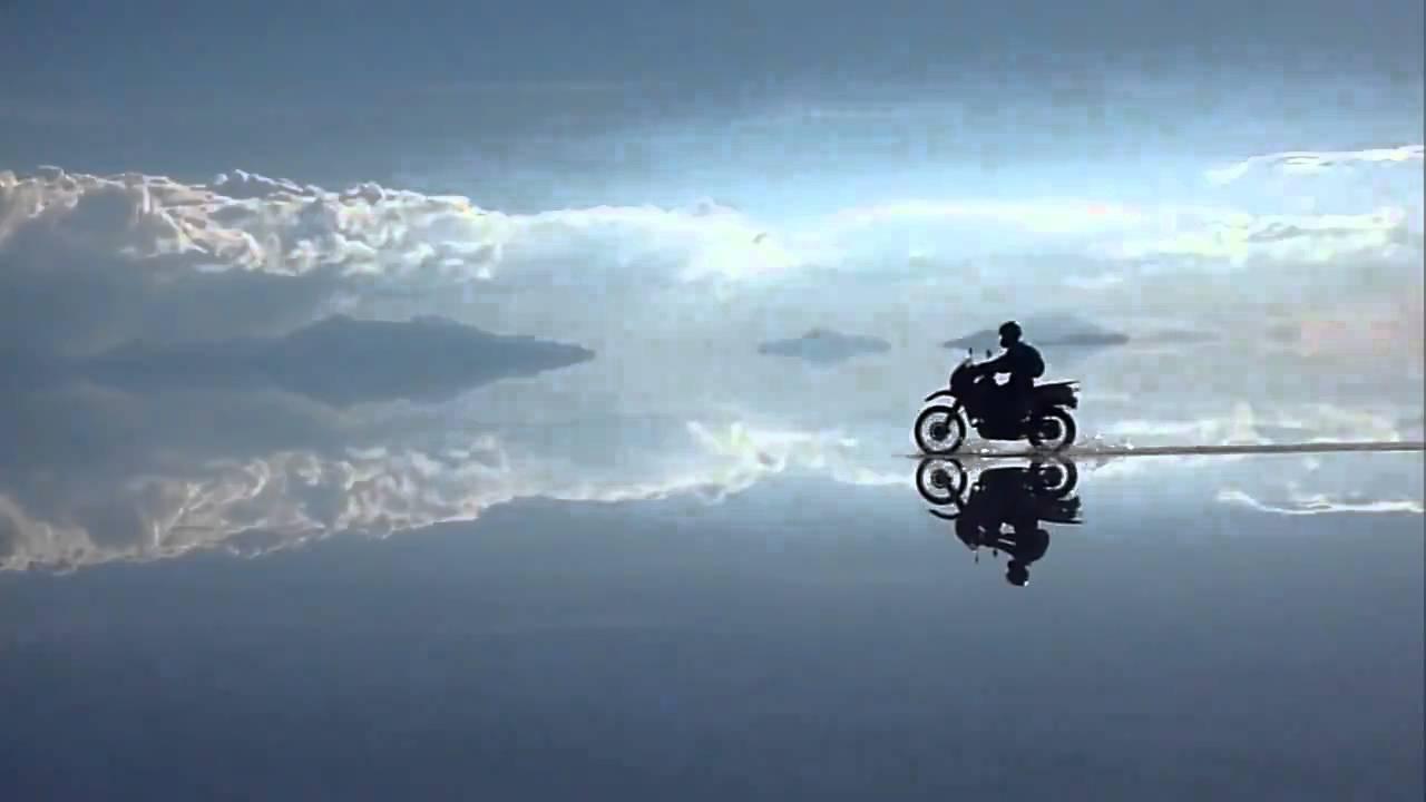 Λίμνη Salar de Uyuni, στη Βολιβία - YouTube