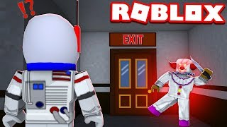 TRAPPED INSIDE BY AN EVIL CLOWN!! - ROBLOX FINAL NIGHT