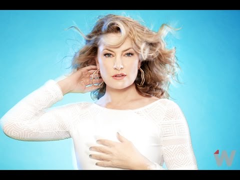 Twin Peaks' Star Mädchen Amick Loves That Shelly Johnson Is Still a Waitress