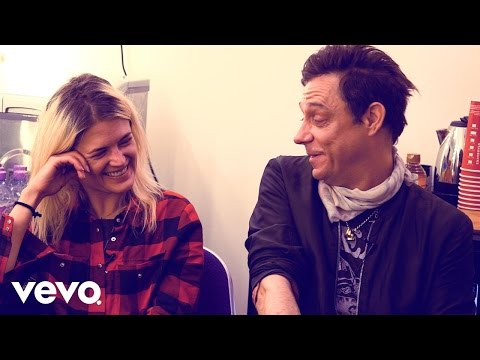 The Kills - Backstage at The Roundhouse, London