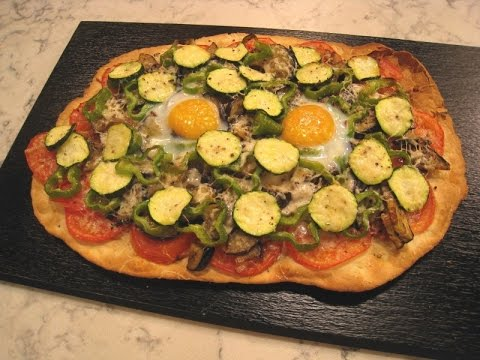 Pizza Vegetariana Con Huevo Youtube