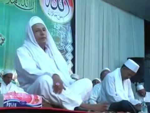 sholawatan eling - eling by Habib Lutfi Yahya