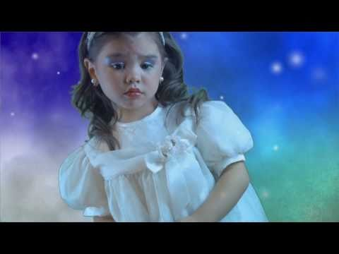 """10 Year Old Oliver Richman Sings """"One Little Christmas Tree"""""""