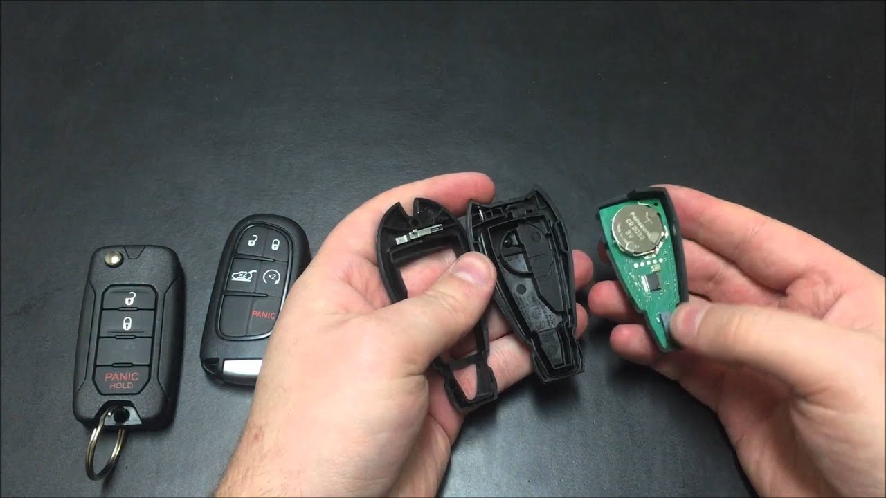 Jeep Key Fob Battery >> Changing The Batteries On Keys Ram Dodge Chrysler Jeep