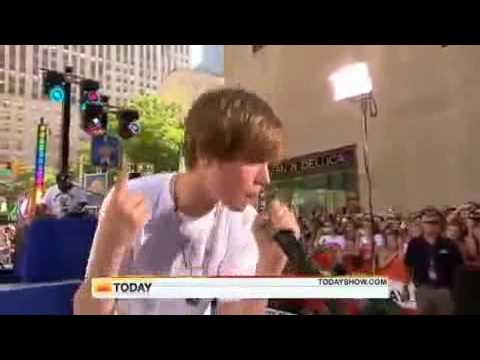 Justin Bieber - Never Say Never @ TODAY SHOW - June 4, 2010 - HQ