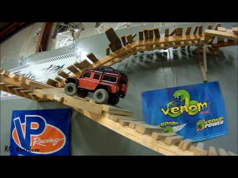 TRX4 Takes Over Local Indoor Crawling Course - RC Overdose