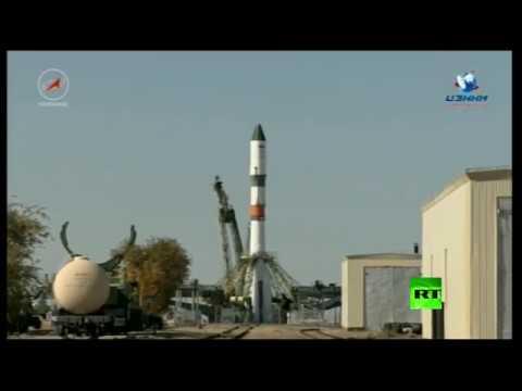 لحظة إطلاق شاحنة روسية إلى المحطة الفضائية الدولية من -بايكونور-  - 12:21-2017 / 10 / 14
