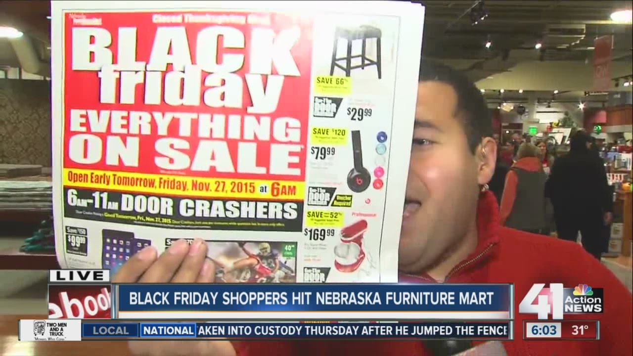 Kansas City Shoppers Flock To Deals At Nebraska Furniture Mart On Black  Friday