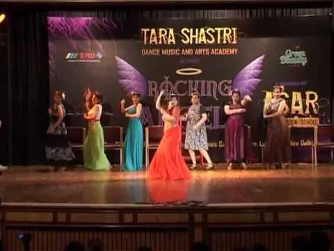 Tara Shastri performed @kaisi...