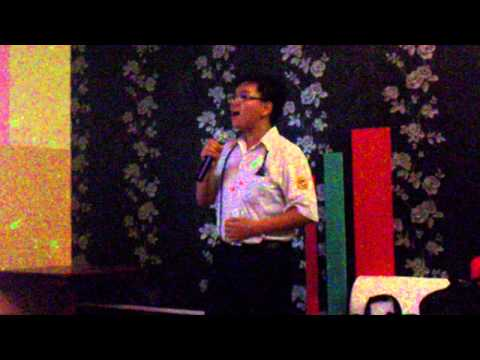 [08.03.2011] Tú Bà singing Những Giấc Mơ Dài