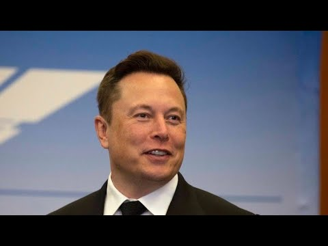 Elon Musk tweets Apple CEO refused a meeting to discuss purchasing Tesla