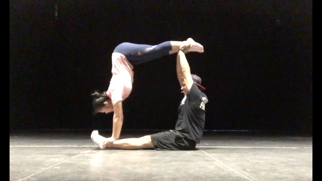 Yoga Challenge-Part Dos! (Gavyn and Suzy) - YouTube