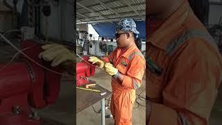 Pembuatan gelang dari kawat stanlis