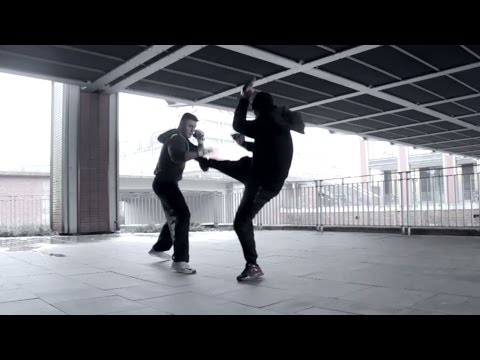 Wie kämpft man gegen einen Kampfsportler auf der Straße