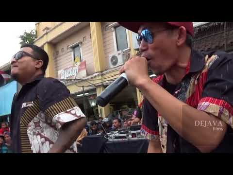 JHF Live At Malioboro - Cintamu Sepahit Topi Miring - Jogja Batik Parade (Batik To The Moon)
