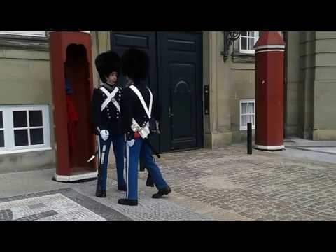 Danish Royal Guards - change of guards - he forgets to go to attention