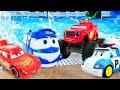 Машинки ваквапарке— Игры смашинками— Молния Маквин Робокар Поли Вспыш идрузья вбассейне