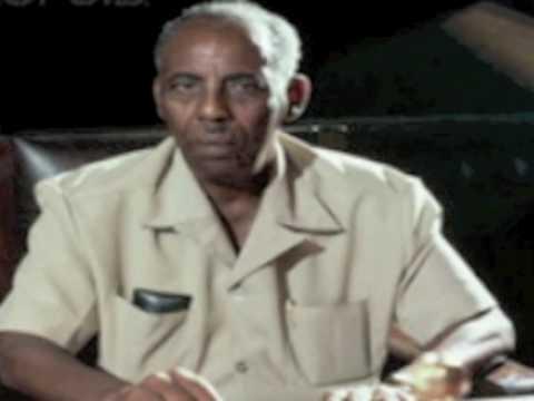 Jaale Siyad Qudbadii Radio Muqdisho.mpg