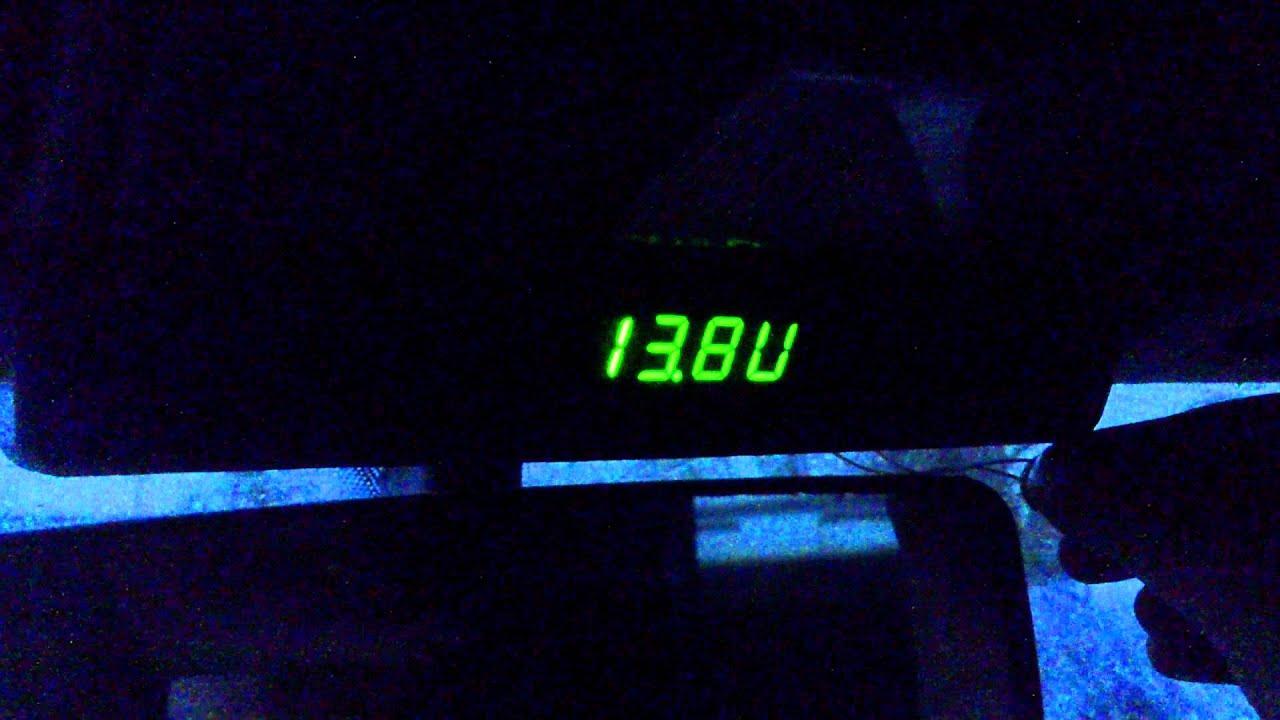 Установка на митсубиши Лансер 9 3 в 1 Часы, термометр, вольтметр .