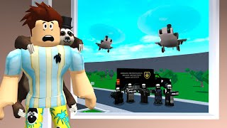 BLOXBURG SWAT Showed Up.. I Had To Run! (Roblox)